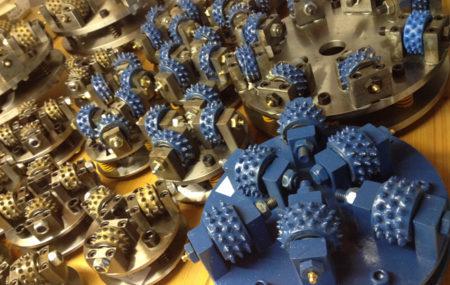 Štokerski kotači i oprema Ponovno u Diatehu možete nabaviti veliki broj štokerskih alata za obradu kamena u različitim dimenzijama i kombinacijama.
